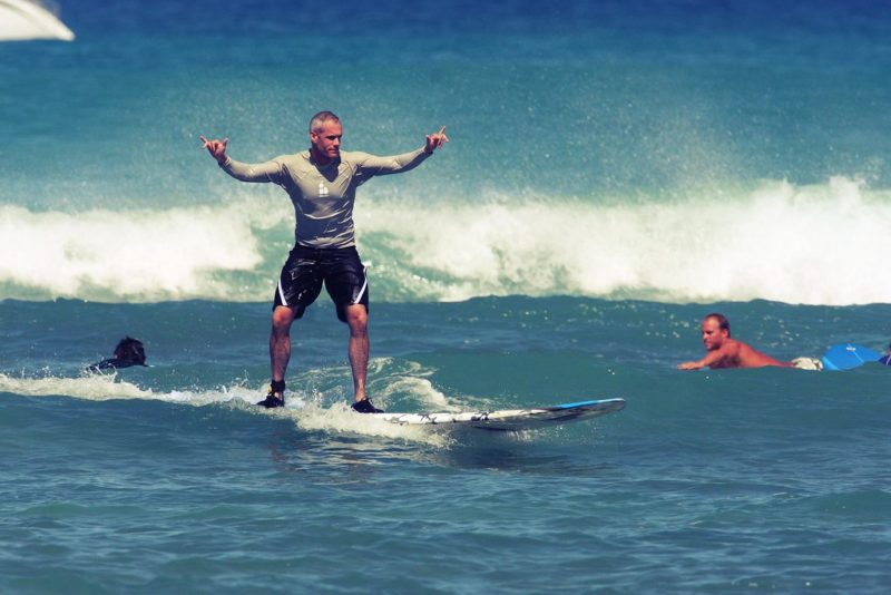 誰もがハマる!人生を豊かにするサーフィンが持つ10個の魅力
